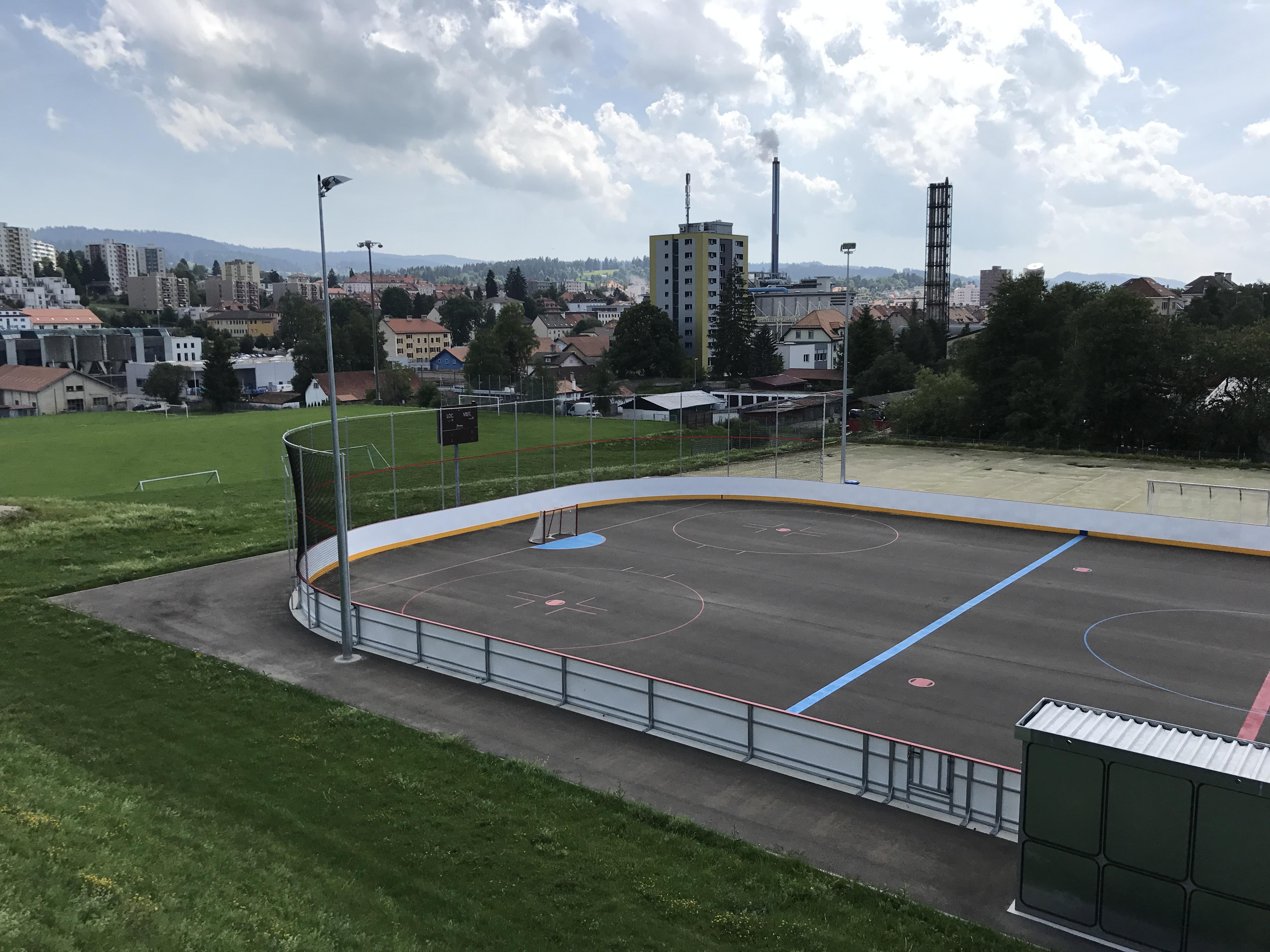La chaux de fonds la charri re realsport for Technicien piscine suisse